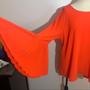 NWOT Vince Camuto pleated bell sleeve blouse